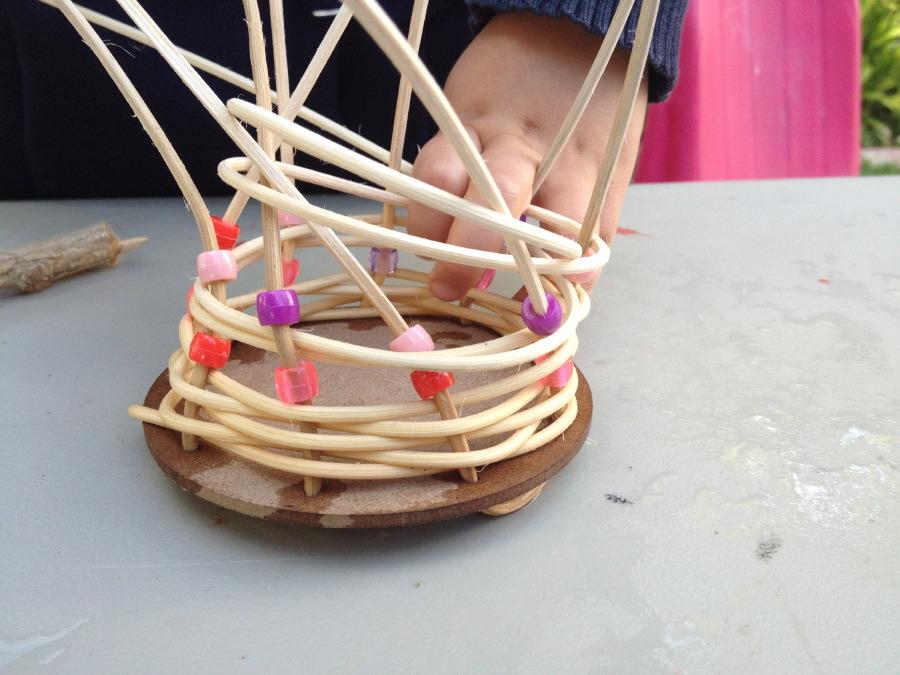 Basket Weaving Groups : Weaving baskets friday art group